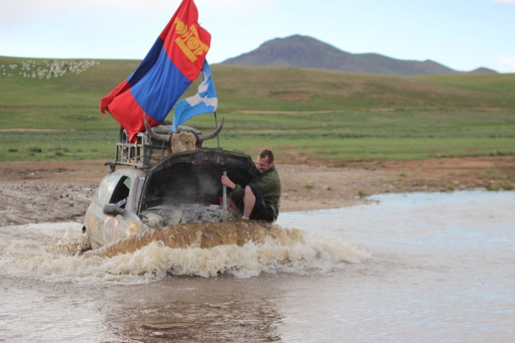 mongol-rally-pha-media-9