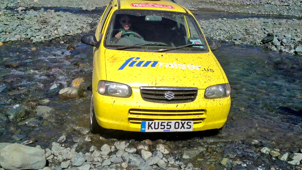 Mongol_Rally_River_Crossing_7