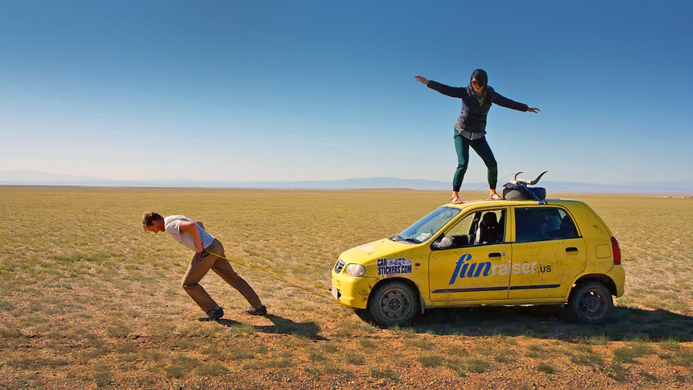 Pulling_Car_Mongol_Rally_1
